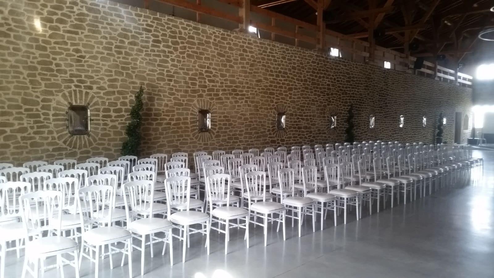 Location De Chaises Marseille Aix Et 13 Pas Cher Prix Et Devis